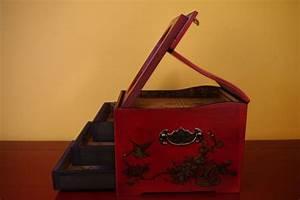 Boite A Bijoux Grande : grande boite bijoux dragon et ph nix rouge et noire ~ Teatrodelosmanantiales.com Idées de Décoration