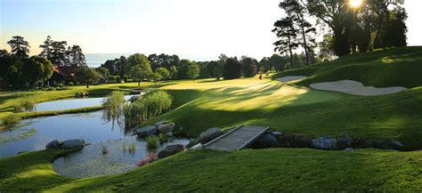 parcours 18 trous de l evian resort golf club vue sur le lac l 233