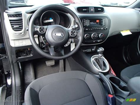 Gray Two-tone Houdstooth Woven Cloth Interior 2014 Kia