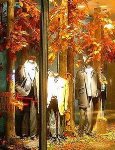 Fall & Thanksgiving Window Displays on Mannequins on