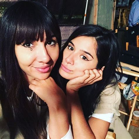 diane guerrero character oitnb oitnb s diane guerrero opens up about her parents