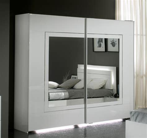 meuble armoire chambre armoire 2 portes coulissantes city laque blanc chambre à