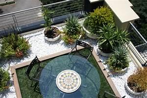 Balkon einrichten modern tentfoxcom for Balkon einrichten ideen