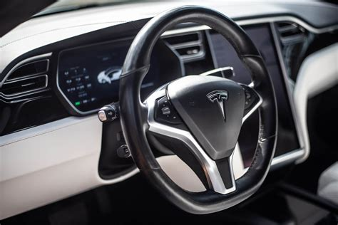 38+ Tesla 3 Tableau De Bord PNG