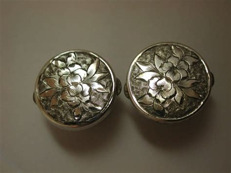 Selection Of Wonderful Antique Victorian Silver Fronted Cufflinks Varied Designs Military Antiques Stockholm Twitter Antique Corset Gallery Best Way To Clean Jewelry Looking Storm Door Tractor Pulling Tires Elmira Collection Melbourne Large Round Dining Table
