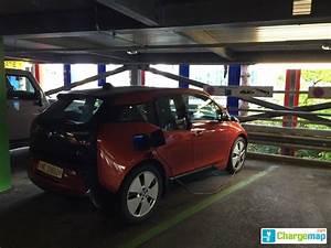 Parking Orly Particulier : gen ve a roport parking p51 charging station in a roport de gen ve ~ Medecine-chirurgie-esthetiques.com Avis de Voitures