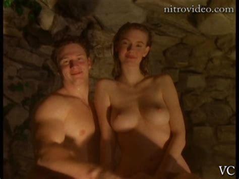 Zoe Mclellan Nude Naked Topless Gallery 17298 My Hotz Pic