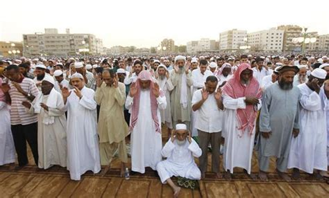 Expats Can Now Lead Prayers During Ramadan