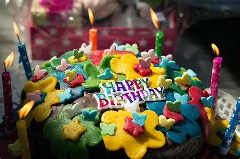 Candele Di Compleanno Particolari by Candeline Per Feste E Numeri Per Torte Compleanno Da 0 80