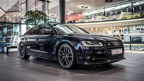 Carbon Black Metallic Audi S8 Plus Shows Off Its Elegant