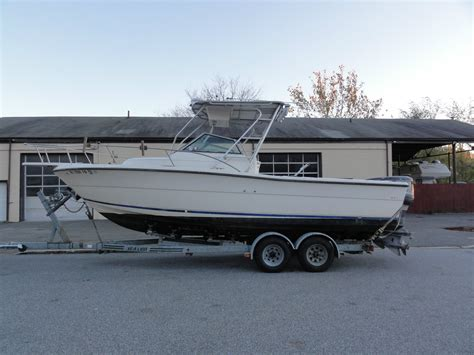 Pursuit Boats Usa by Pursuit 2550 Walk Around Cuddy Boat For Sale From Usa