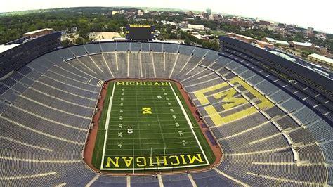university  michigans michigan stadium  big