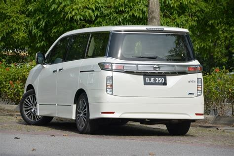Review Nissan Elgrand by Nissan Elgrand Test Drive Review Autoworld My