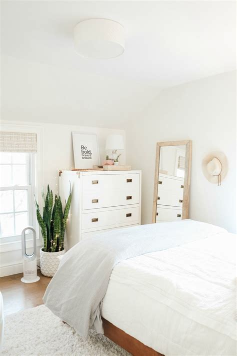 small girls bedroom makeover  wallpaper accent wall