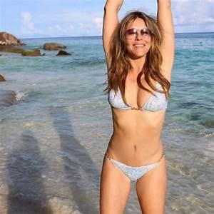 Elizabeth Hurley, 52, Shows Off Bikini Body: Photo