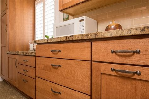 solid wood unfinished kitchen cabinets dicount price
