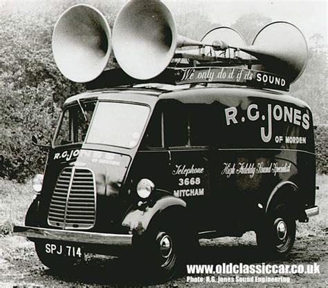 1950s Morris J Type Vans & Utilecon