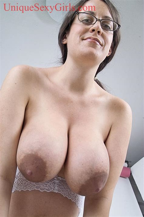 hangers tits natural