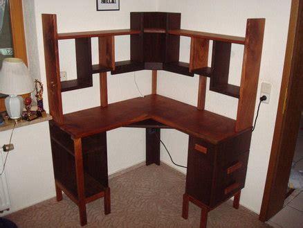 tomasz corner desk  hutch  michael  lumberjocks