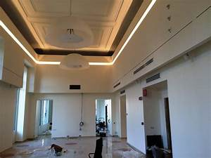 Abbassamento soffitto moderno : Vovell bancali recinto idee