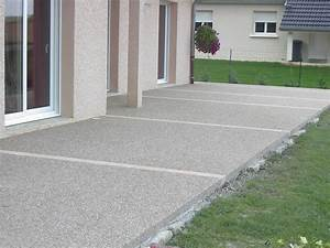 terrasse beton de couleur nos conseils With beton de couleur exterieur