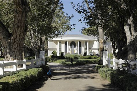 newtons house wayne newton s las vegas mansion is for sale for a