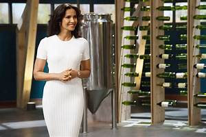 Top Chef's Padma Lakshmi Talks Season 15 Cast, Filming in ...