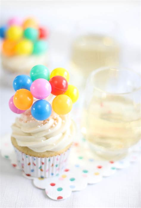 Ginger Ale Cupcakes - Sprinkle Bakes