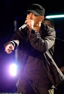 Iggy Azalea Responds To Eminem39s Threats In Vegas Lyrics