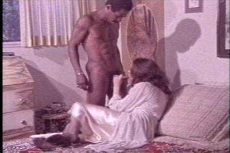 Annette Haven And Johnny Keyes Classic Porn Picture 9