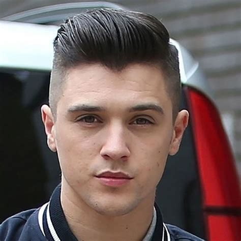 perfect pompadour haircuts  men