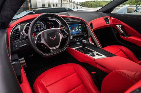 Watch The 2019 Chevrolet Corvette Zr1 Hit 212 Mph