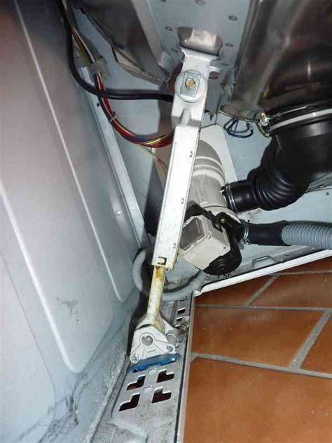bauknecht waschmaschine beim schleudern sehr laut waschmaschine l 228 rmt beim schleudern bauknecht wa 7760