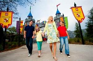 Day Card For Kids Tips For Surviving Theme Parks With Kids