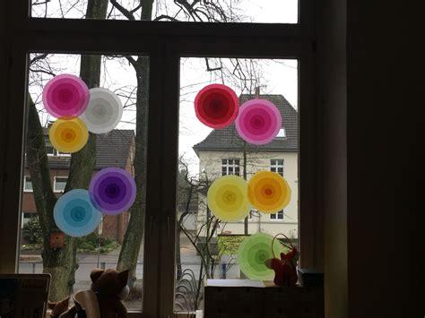 Fensterdekoration Weihnachten Schule by Fensterdeko Kunst Schule Fensterdeko Fr 252 Hling