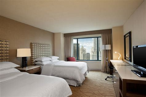 downtown chicago accommodation hotel rooms sheraton grand chicago
