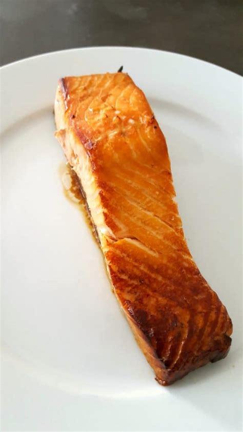 cuisiner le pavé de saumon pavé de saumon teriyaki la cerise sur le maillot