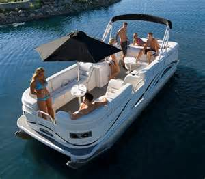 Starcraft Pontoon Boat