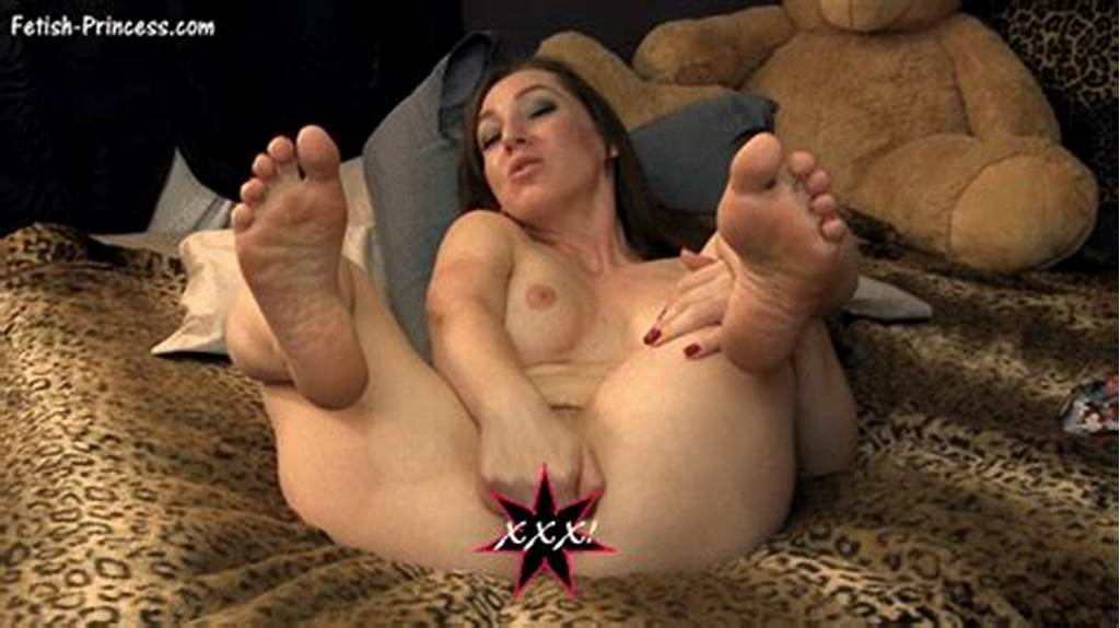 #Wrinkled #Feet #Photos #And #Other #Amateur #Porn #Content #On #Elm