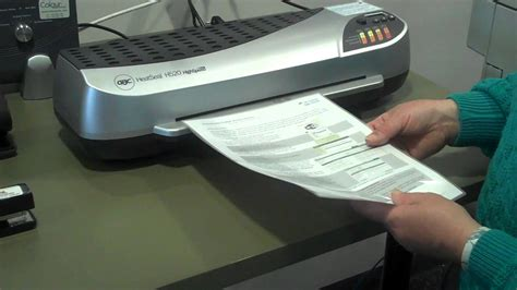 How To Use A Laminator Youtube
