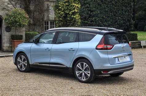Renault Grand Scenic Estate Review (2016  )  Parkers