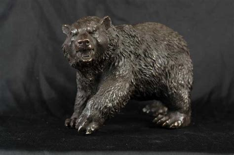 bronze american grizzly bear statue brown bear animal