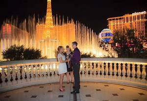 Bellagio fountain wedding sneak peek taylored photo for Bellagio las vegas wedding