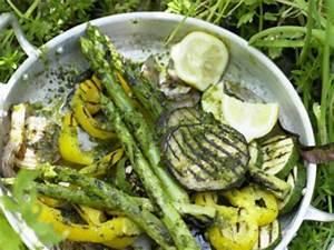 Welches Gemüse Kann Man Grillen : alles andere als langweilig vegetarisch grillen eat smarter ~ Eleganceandgraceweddings.com Haus und Dekorationen