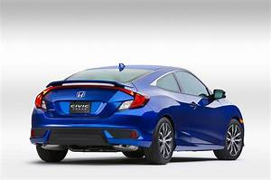 Honda Civic Coupé : 2016 honda civic coupe first look review motor trend ~ Medecine-chirurgie-esthetiques.com Avis de Voitures