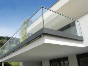 balkone aus glas glasgeländer und ganzglasgeländer auf maß gefertig glas bosen
