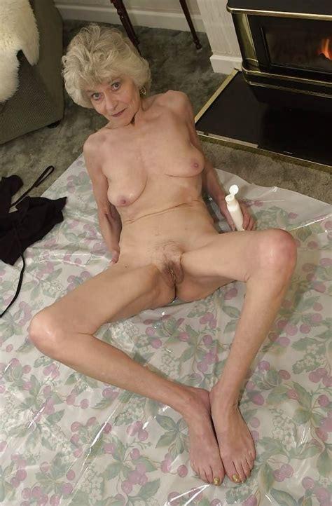 Granny Torrie 15 Pics
