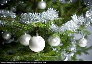 Weihnachtsbaum Mit Rosa Kugeln : silber geschm ckten weihnachtsbaum mit kugeln und ~ Orissabook.com Haus und Dekorationen