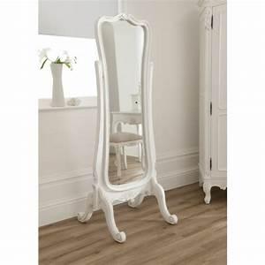 Miroir Sur Pied : le miroir baroque est un joli accent d co ~ Teatrodelosmanantiales.com Idées de Décoration