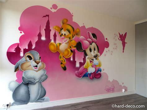 deco chambre bebe disney décoration d 39 une chambre d 39 enfant avec les bébés disney